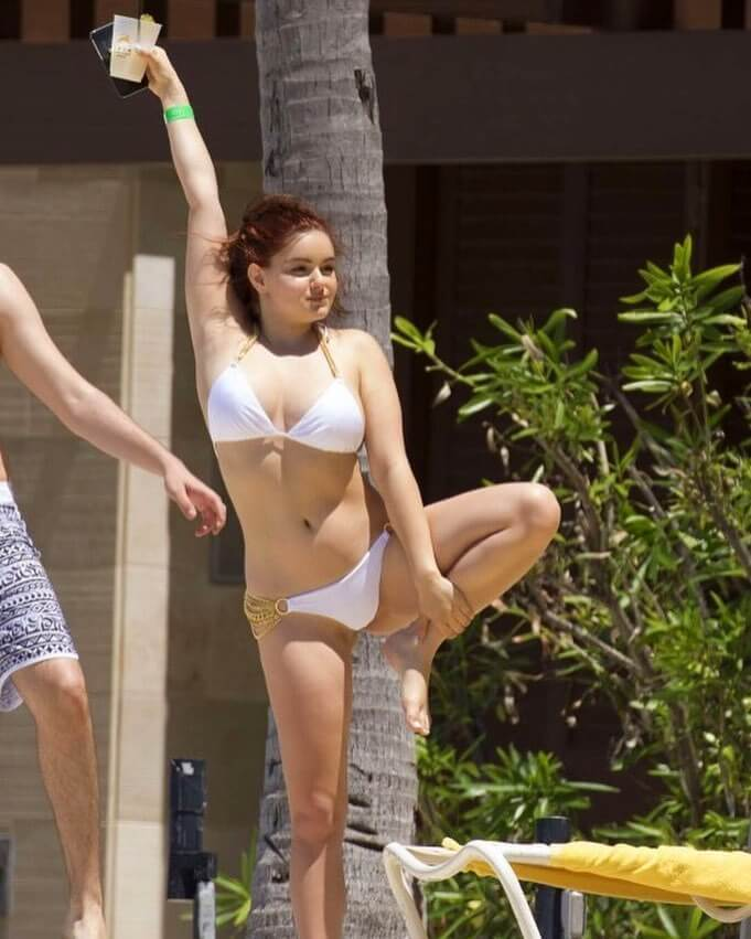 ariel winter hot pics